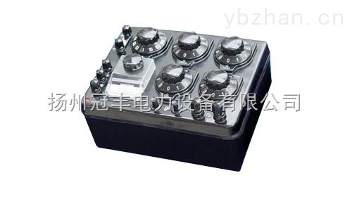 QJ23直流电阻电桥工作原理用途和特点: 1.1QJ23型是采用惠斯顿电桥线路、内附指零仪、可内装干电池的携带式直流电阻电桥。用来测量0~9.999M范围内的直流电阻值。适宜在实验室、车间及无交流电源现场使用; 1.2电桥所有部件安装在黑色胶木外壳内,体积小。重量轻、携带方便; 1.