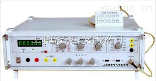 本产品由上海徐吉电气有限公司精心推荐: 产品特性: 1、提供稳压、恒流、可移相、可变频三相大功率工频正弦信号; 2、可进行电压、电流、相位、频率、功率表的试验和检定; 3、可配合标准功率电能表、对三相电能表(电度表)的基本误差、潜动、起动进行校验和检定; 4、微机控制,程控实现软启动,软停止,从而避免了对仪表的冲击和损坏; 5、当操作失误,如电压短路、电流开路或接线错误时,可自动停止输出且报警且报警提示你更正; 6、仪器全按键操作,所有按键程控设置,软件互锁,随意操作不会损坏; 7、可针对三相中的任一相调