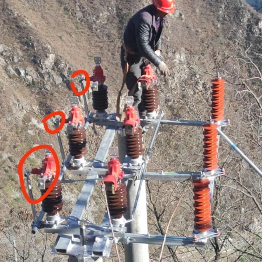 成都发电厂35KV电站手动高压隔离开关
