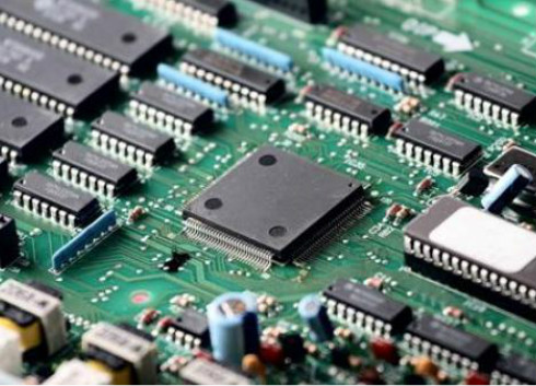 集成电路进口依赖严重 国产产品该如何突围?