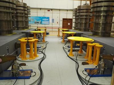 福建计量院首次应用高精度衡器载荷测量仪检定汽车称重仪