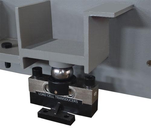 如电阻应变式称重传感器中的电桥电路,压电式称重传感器的电荷前置
