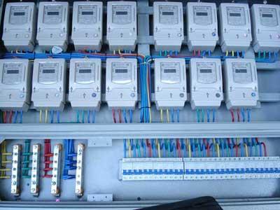 智能表是智能电网的智能终端,除了具备传统的电能表基本电量计量