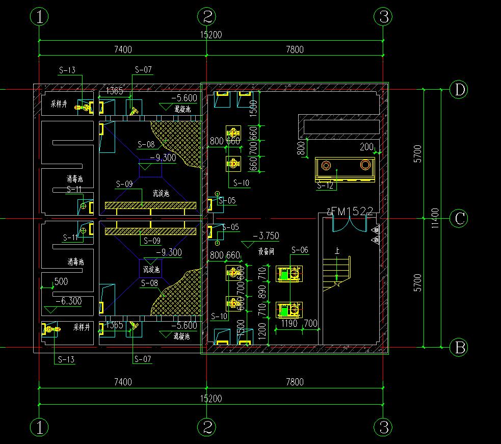 把电控柜控制线与设备接通,电控柜与电源接通,接线时注意风机,电机的