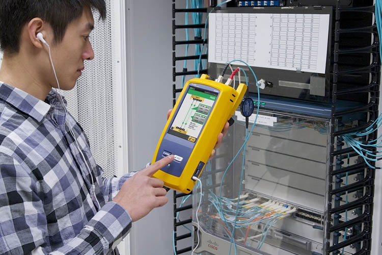 福禄克FLuke CFP-100-Q光纤损耗认证测试仪CertiFiber Pro